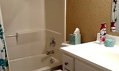 Bathroom, 4201 S Minnie St, 1