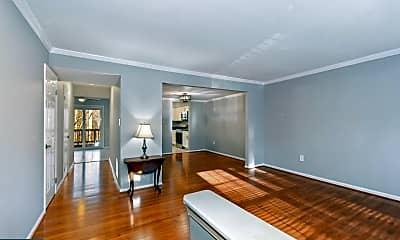 Living Room, 6293 Kerrydale Dr, 1