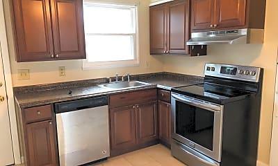 Kitchen, 346 Brown St, 1