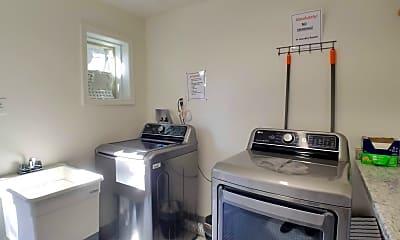 Kitchen, 1110 E 59th St, 2