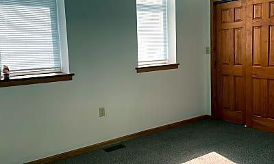 Bedroom, 102 N Main St, 1