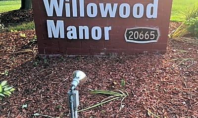 Willowood Manor Apartments, 1