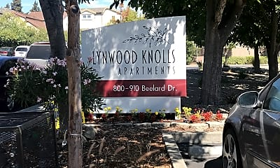 Lynwood Knolls, 1