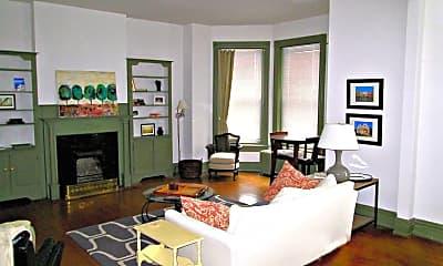 Living Room, 1627 Hanover Ave, 1