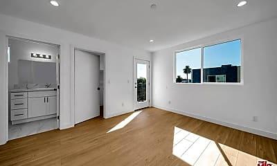Living Room, 229 N Park View St, 1