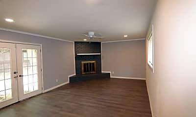Living Room, 3912 Broadmoor Dr, 1