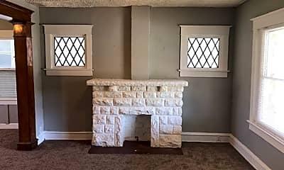Living Room, 2506 E 42nd St, 1