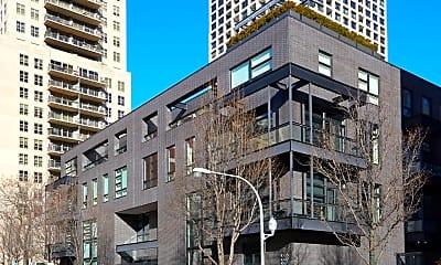 Building, 1011 N Dearborn St, 0