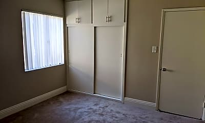 Bedroom, 761 E 46th St, 2