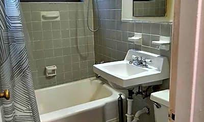 Bathroom, 3091 Edwin Ave 3H, 2