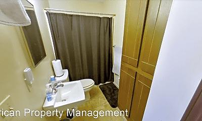 Bathroom, 951 Mission Ave, 2