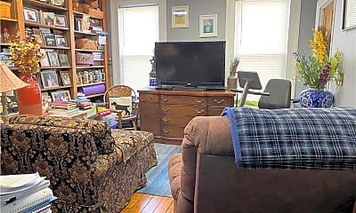 Living Room, 45 Center St, 2