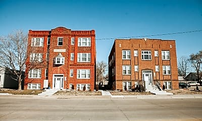 Building, 1111 E Iron Ave, 0