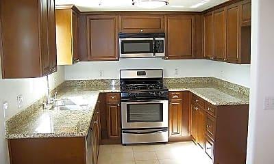 Kitchen, 6615 Sepulveda Blvd 302, 2