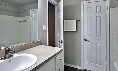 Bathroom, MAA McKinney Avenue, 2