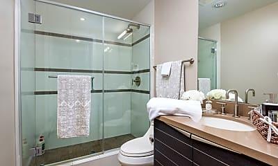 Bathroom, 1325 Pacific Hwy 108, 2