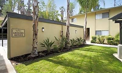Leasing Office, Palm Vista, 2