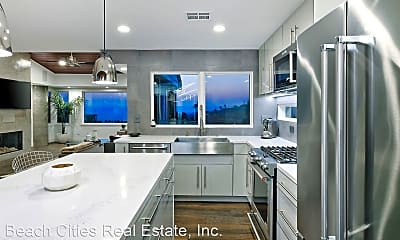 Kitchen, 546 Temple Hills Dr, 0