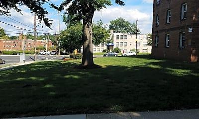 Madison Courts, 2