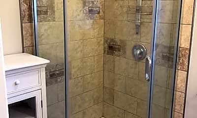 Bathroom, 1915 Berkeley Way, 2