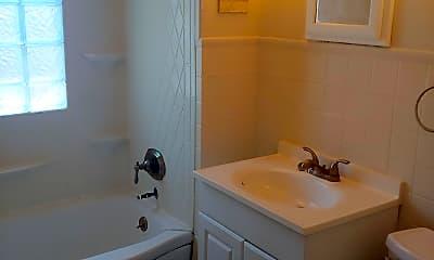 Bathroom, 207 Hickok Ave, 2