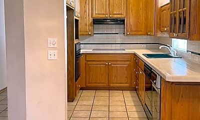 Kitchen, 4213 Colony Dr, 1