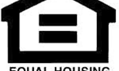 Building, 2266 Del Mar Rd, 2