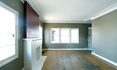 Living Room, 220 Acoma St, 0