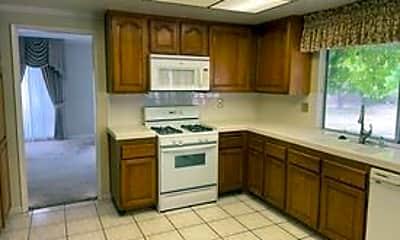 Kitchen, 16630 Circle Hill Ln, 2