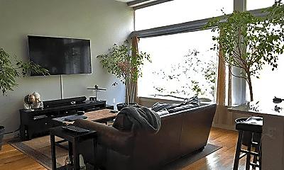 Living Room, 247 Essex St, 1
