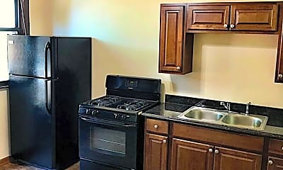Kitchen, 6600 S Maplewood Ave, 1