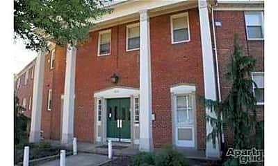 Building, 505 West University, 1