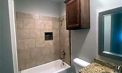 Bathroom, 2108 Oliver St, 2