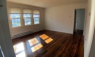 Living Room, 1611 Burris Rd, 1