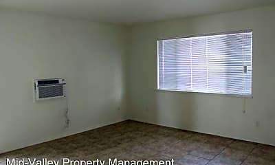 Bedroom, 33039 Rd 159, 1