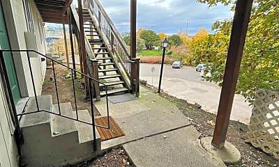 Patio / Deck, 3021 SE 6th Ave, 1