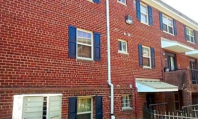 Huntington Village Apartments, 2