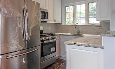 Kitchen, 331 Franklin Ave 331, 1