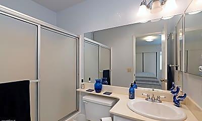 Bathroom, 8475 Avenida Angulia, 2