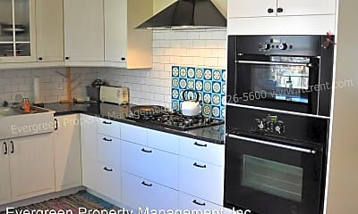 Kitchen, 842 Mansfield Dr, 1
