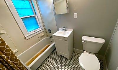 Bathroom, 3210 W 114th St, 2