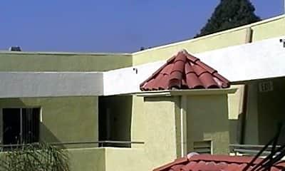 Villa Nicola, 2