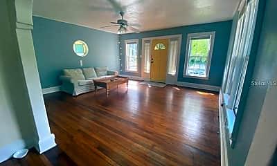 Living Room, 1815 E Kaley Ave 1, 1