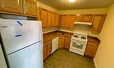 Kitchen, 1811 Hunt Ave 3, 1