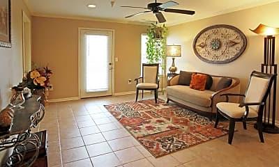 Grande Oak Apartments, 1