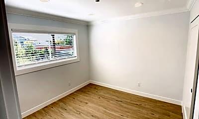 Bedroom, 413 E Windsor Rd, 1