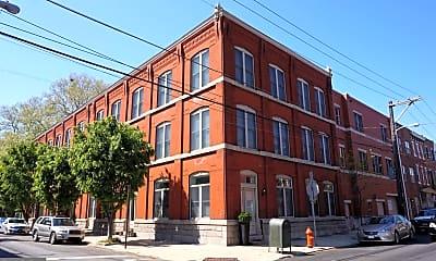 Building, 201 Queen St 2, 1