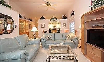 Living Room, 322 Melrose Pl 31, 1