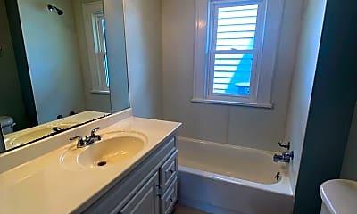 Bathroom, 2634 Clara Ave, 2