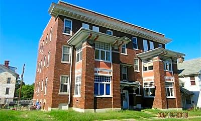Building, 412 Franklin St, 2